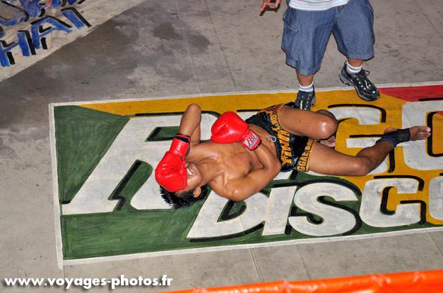 Boxeur thaï KO