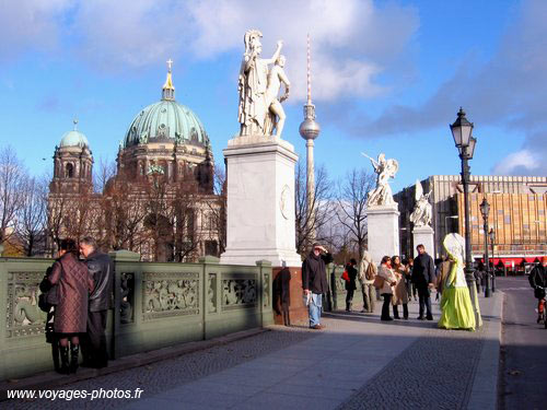 Berliner Dom -  The Charles Bridge
