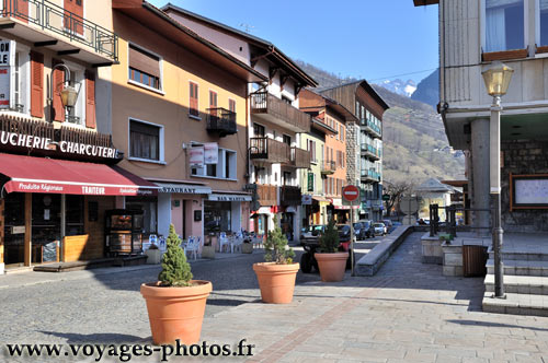 bourg saint maurice photos des villes de savoie dans les alpes fran aises. Black Bedroom Furniture Sets. Home Design Ideas
