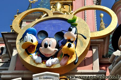 Parc disneyland paris photos du parc d 39 attractions - Donald et dingo ...